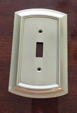 BRAINERD ARCHED SINGLE TOGGLE SWITCH SATIN NICKEL WALL PLATE