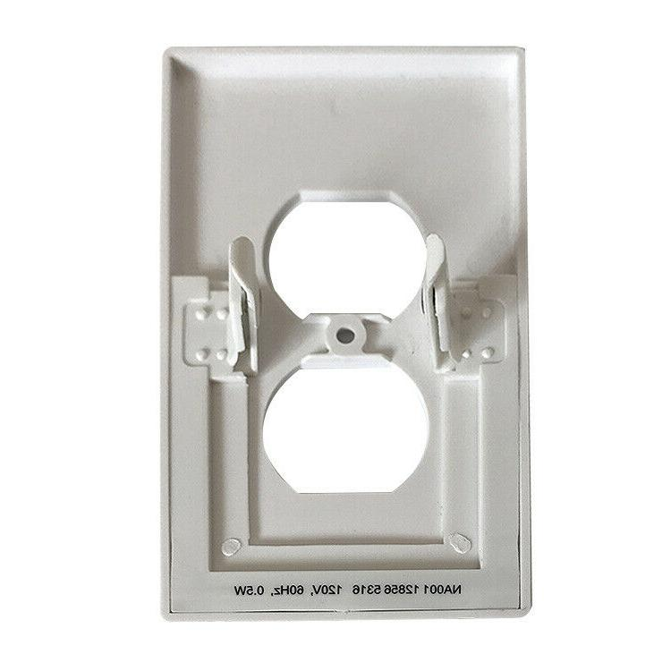 Duplex wall plate with sensor